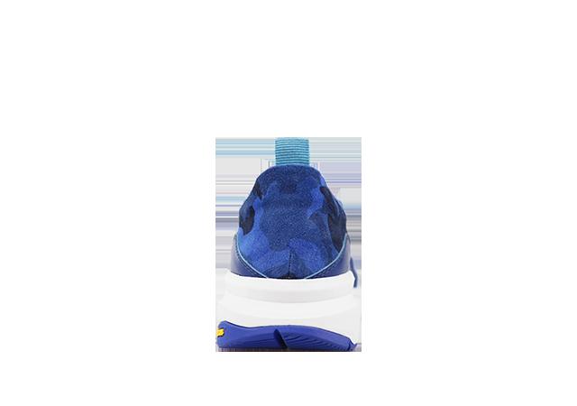 GRAFFITI  BLUE 4